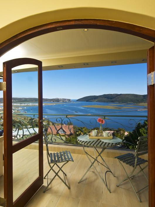 Special Offer, Knysna Accommodation Villa Paradisa 3 Night Stay